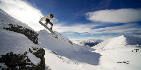 Hobbies For Men - Snowboarding